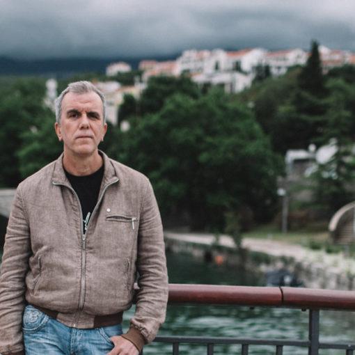 """Robert Perišić: """"Pozdravi Cara!"""" (Crikvenica)"""