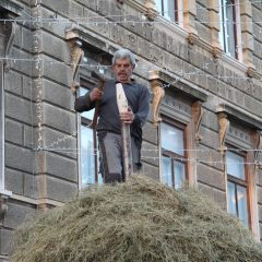 """The Haystack"" by academician Ivan Kožarić is installed"