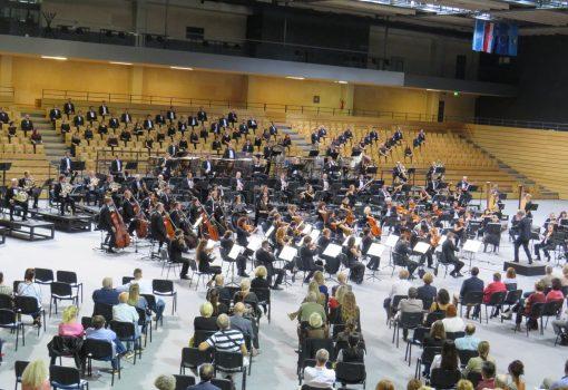 """Vrhunska izvedba Mahlerove Druge simfonije """"Uskrsnuće"""" oduševila riječku publiku"""